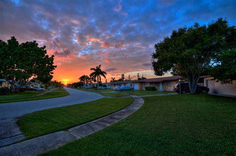 sunset palm gardens