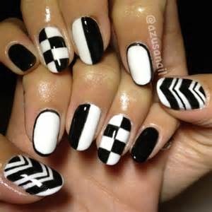 Black and white nail art designs water