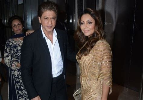 गौरी खान ने शेयर की बिना कपड़ो की तस्वीर सोशल मीडिया पर आ