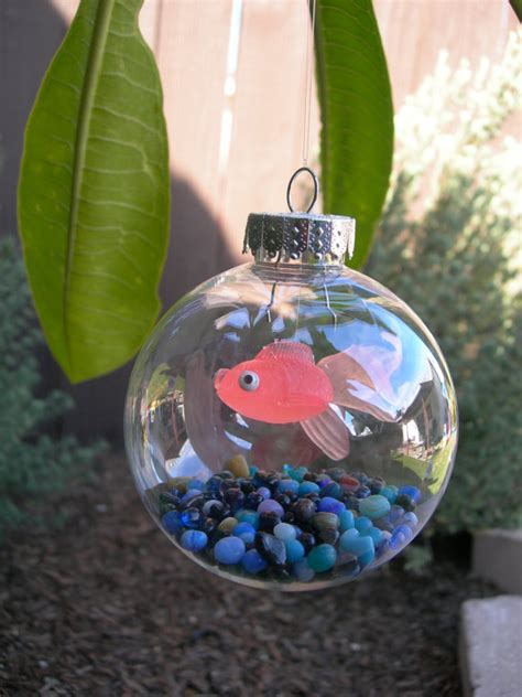 awesome christmas tree ornaments christmas tree fish tank ornament omg the kids are going to love making these for the christmas