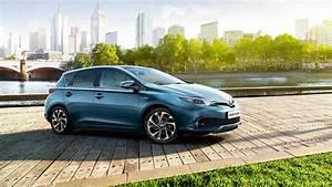 Toyota Auris 2015 : toyota launches 2015 auris toyota ireland ~ Medecine-chirurgie-esthetiques.com Avis de Voitures