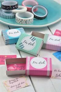 Kleines Geschenk Für Freund : diy idee w nsche in der streichholzschachtel streichholzschachteln kleine geschenke freundin ~ Watch28wear.com Haus und Dekorationen