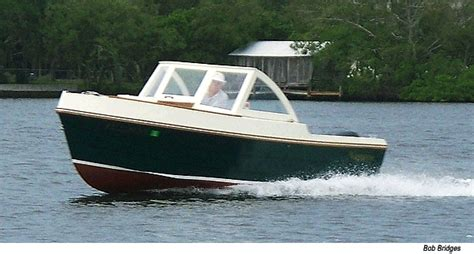 Wooden Powerboat Plans by Everday Plans For Building A Wooden Boat And The Reasons