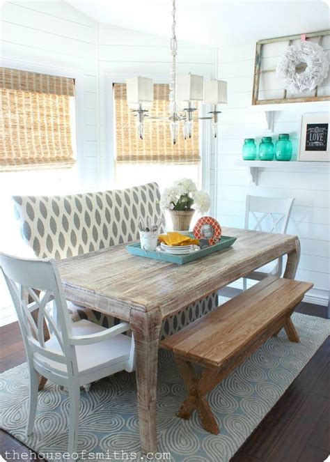 Settee In Dining Room by 17 Best Ideas About Settee Dining On