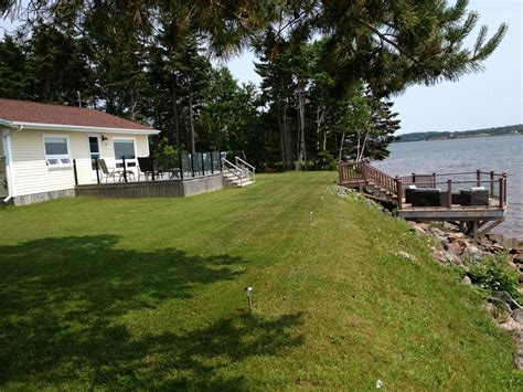 Beautiful Waterfront Cottage Close To Charl Homeaway