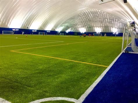 terrain de soccer synthetique interieur college francais