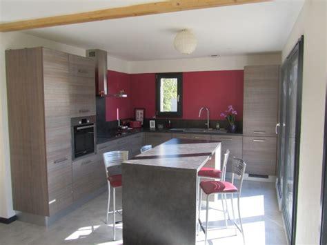 comment peindre les murs d une cuisine trendy peinture mur cuisine crdence marron exemple de