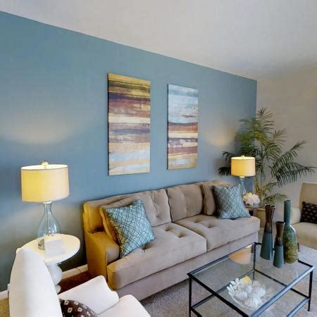 Living Room Station by Photos Of Riverside Station Apartments Rentals In
