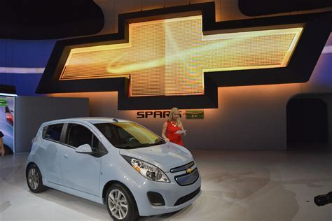 Chevrolet Spark Hd Picture by 2014 Chevrolet Spark Ev Hd Pictures Carsinvasion