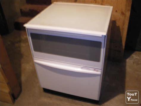 four combine lave vaisselle vend combin 233 lave vaisselle et four savoie