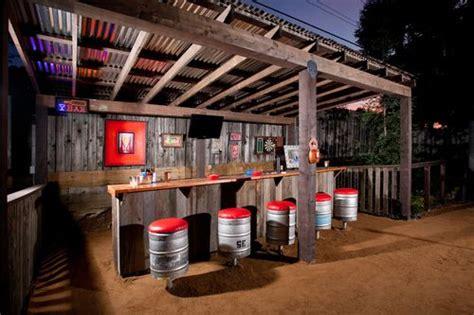outdoor rustic pubbar backyard bar rustic patio