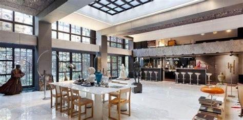 la cuisine de caro gérard depardieu s 39 était constitué un petit royaume rue du cherche midi à challenges fr