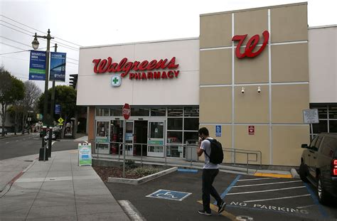 Walgreens Strives For Cost-effective In-store Clinics In