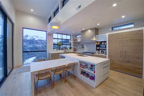 tens  inspiring kitchen islands  storage  chairs decohoms