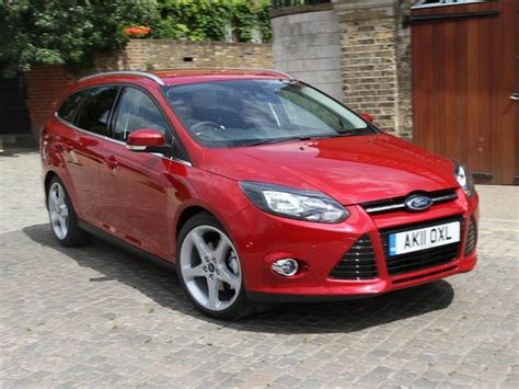ford focus review estate  auto trader uk