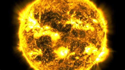 NASA's Stunning Time-Lapse Of The Sun Took 425 Million Hi ...