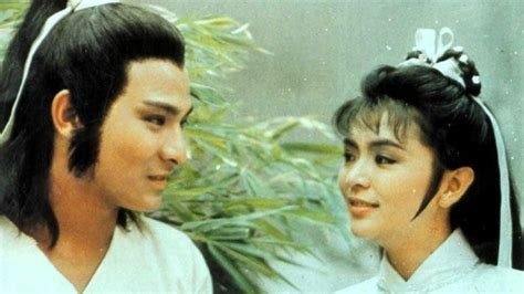 Senja merupakan pemisah antara keduanya tidak bertemu kembali dan senja juga bisa dikatakan penanda bahwa akhir dari sebuah cerita. Kata Kata Yoko Pendekar Rajawali - Pendekar Pemanah ...