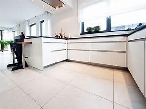 Fliesen Küche Boden : moderne hochwertige fliesen f r die k che ~ Sanjose-hotels-ca.com Haus und Dekorationen