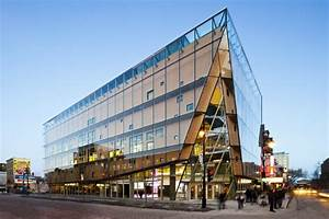 2-22 Office Building is a Glass-Encased High-Performance ...
