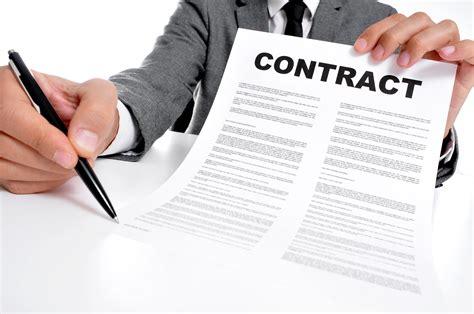 digitizing managing  archiving contracts  iguana idm