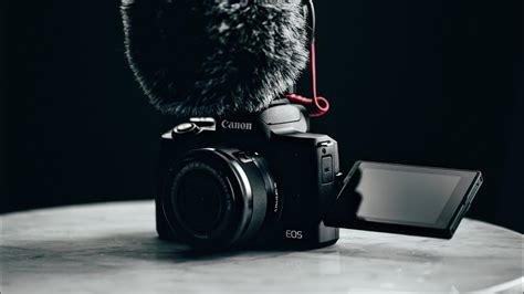 canon eos    vlogging camera