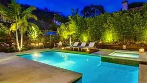 20 Breathtaking Ideas for a Swimming Pool Garden Home