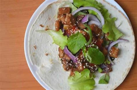 comment cuisiner le tofu comment cuisiner le tofu en trois recettes faciles