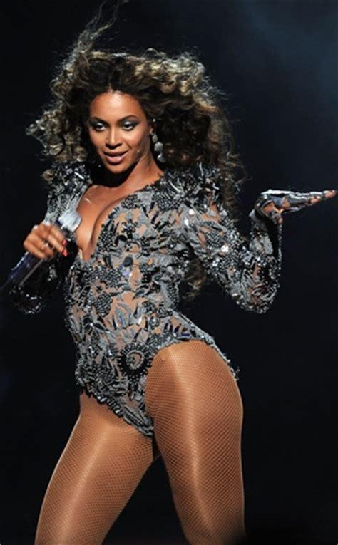 Beyonce stage costume - ideas for Latin dance outfit - salsa bachata cha cha rumba samba ...