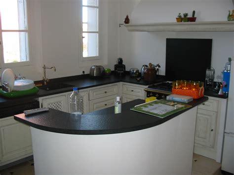 cuisine plan travail granit idee de modele de cuisine
