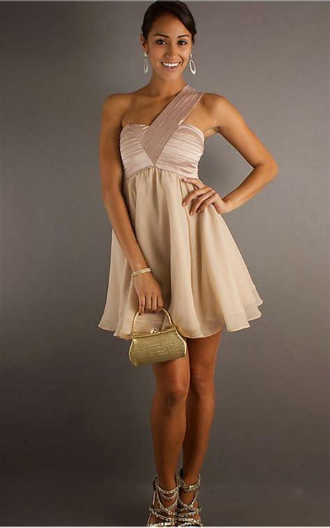 La nostra selezione abiti eleganti di 2021 è in offerta. Look Like A Model: Shopping online: abiti da cerimonia ...
