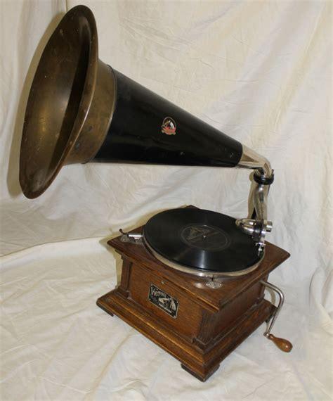 bargain johns antiques antique oak victor record player