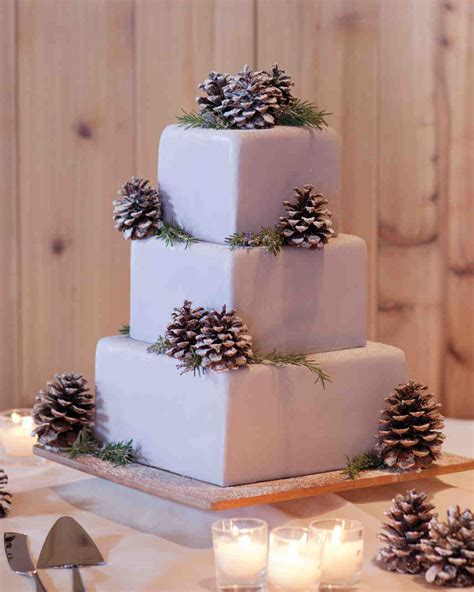 23 Festive Winter Wedding Cakes Martha Stewart Weddings