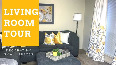 Living Room Tour {apartment}