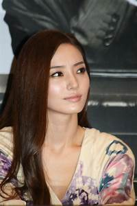 File:Han chae-young on September 22, 2009.jpg - Wikimedia ...