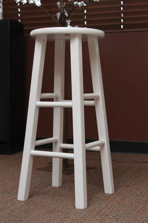barstool white wooden a1