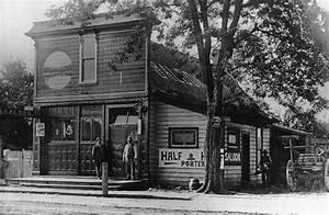File:Rossi Saloon (built in 1900) (Beaverton, Oregon ...