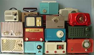 Vintage Radio Display | Photo + Radio Collection by Mark ...