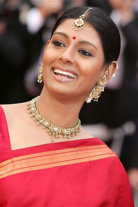 Nandita Das Profile  Hot Picture  Bio  Bra Size   Hot Starz