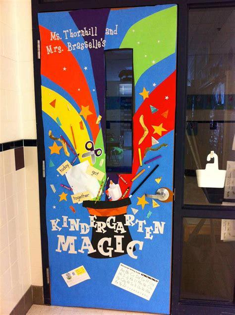 year classroom door decorations kapandate