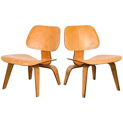 eames lcw lounge chairs for herman miller for sale at 1stdibs