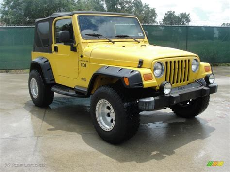 yellow jeep interior 2004 solar yellow jeep wrangler x 4x4 35054806 gtcarlot