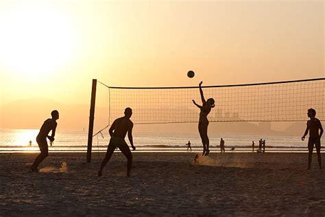 Résultat d'images pour beach volley