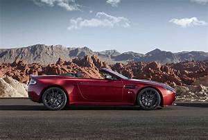 Aston Martin V12 Vantage S : v12 vantage s roadster exploring the design ~ Medecine-chirurgie-esthetiques.com Avis de Voitures
