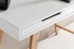 Kabeldurchführung Schreibtisch Ikea : schreibtisch mit kabeldurchlass ~ Watch28wear.com Haus und Dekorationen