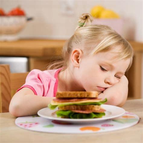 Hilfe, mein Kind isst so schlecht! Wie Sie mit