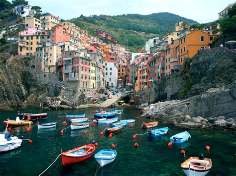 5 reasons to love cinque terre those who wander