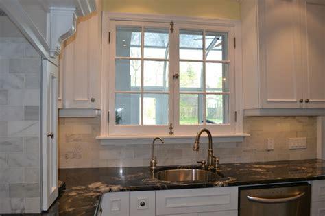 Victorian Kitchen Backsplash : White Victorian Kitchen