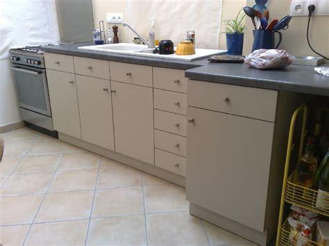 peindre placard cuisine peindre meuble cuisine stratifie 28 images peindre