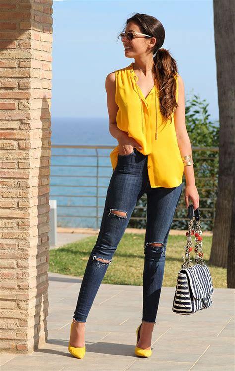 Mu00e1s de 25 ideas increu00edbles sobre Blusa amarilla en Pinterest   Los mejores trajes amarillos ...
