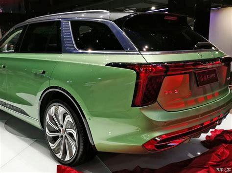 hongqis electric  hs suv  ready   streets